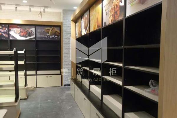 良品铺子食品展柜