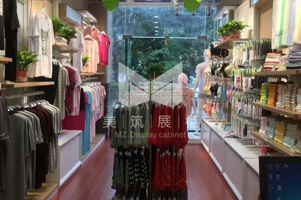 竹莱纺服装展柜